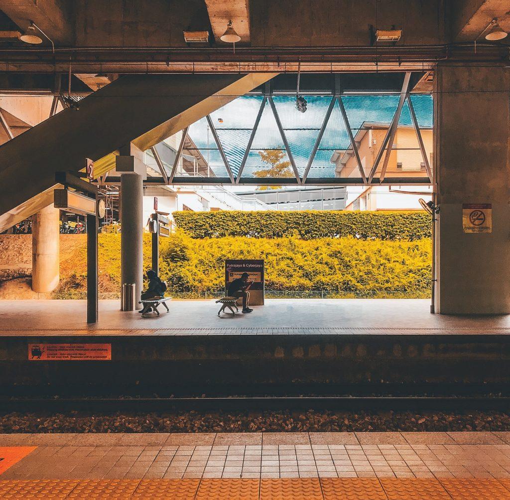 マレーシア 駅
